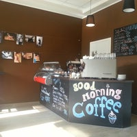 Foto diambil di Good Morning Coffee oleh Jullusion pada 3/1/2013