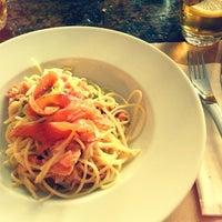 Das Foto wurde bei Café des Artisans von LeBen am 10/25/2012 aufgenommen