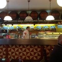 Foto tomada en La Bombeta por Ana S. el 11/16/2012