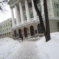 Das Foto wurde bei БНТУ 1-й Корпус von Lida am 3/15/2013 aufgenommen