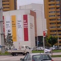 11/14/2012 tarihinde İsmail B.ziyaretçi tarafından Nazım Hikmet Kültürevi'de çekilen fotoğraf
