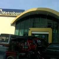 Photo taken at Metrobank Antipolo by Ishmael Telmo Lemo L. on 10/15/2012