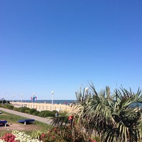Photo taken at Holiday Inn & Suites Virginia Beach- North Beach by Mónica C. on 7/25/2014