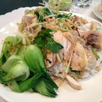 Photo taken at Pearl Garden Restaurant by Douglas L. on 1/10/2013