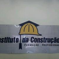 Photo taken at Instituto da Construção by Helderlan L. on 10/9/2012