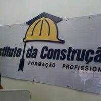 Photo taken at Instituto da Construção by Helderlan L. on 10/26/2012