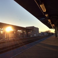 Photo taken at CTA - Southport by Randy E. on 12/24/2013