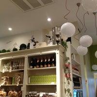Foto scattata a Caffè Eppinger - Trieste 1848 da Marianna il 1/31/2013