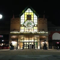 Photo taken at Dulles Town Center by SULTAN on 12/29/2012