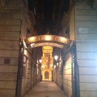 Photo taken at Museu de Cera de Barcelona by NikitA on 6/14/2013