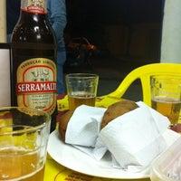 Foto tirada no(a) Bar Do Tomio por Luciano V. em 9/28/2013