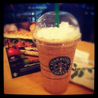 Photo taken at Starbucks by Woei Chyuan C. on 10/25/2012