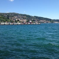 Das Foto wurde bei Kefeliköy Sahili von Cengiz Ş. am 6/22/2013 aufgenommen