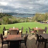 11/9/2012 tarihinde Zeynep B.ziyaretçi tarafından Messt Cafe & Restaurant'de çekilen fotoğraf