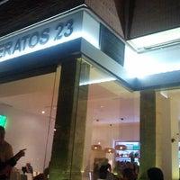 Foto tomada en Restaurante Literatos 23 por Guille O. el 9/14/2013
