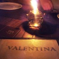 Foto tirada no(a) Pizzaria Valentina por Marina A. em 1/19/2013