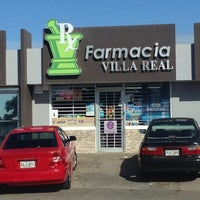 Photo taken at Farmacia Villa Real by Juan F. on 11/27/2013