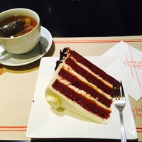 Photo taken at Secret Recipe by Rattapong K. on 12/2/2016