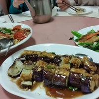 Photo taken at Zhong Shan Restaurant by Cathy C. on 3/1/2015