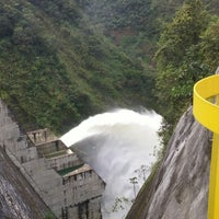 Photo taken at Represa Proyecto Hidroelectrico Pirrís by Guillermo R. on 11/3/2014