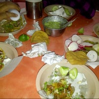 Photo taken at Tacos Talisman by Vanny H. on 1/3/2013