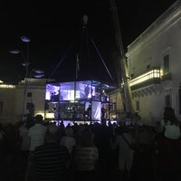 Photo taken at St. George's Square by Михаил С. on 6/29/2018