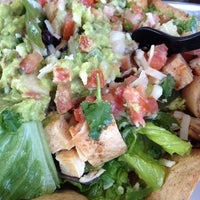 Photo taken at Mucho Burrito Fresh Mexican Grill by Nathalie D. on 4/25/2014
