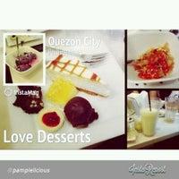 10/5/2013 tarihinde Abby C.ziyaretçi tarafından Love Desserts'de çekilen fotoğraf