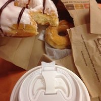 Photo taken at Dunkin' Donuts by Luis on 1/12/2014