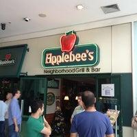 Foto tirada no(a) Applebee's por Alessandro d. em 11/30/2012
