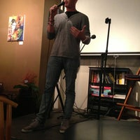 Photo taken at 8 Espressos by Andres C. on 9/12/2013