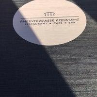 Das Foto wurde bei Rheinterrasse von Zeynep am 8/14/2016 aufgenommen