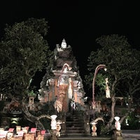Photo taken at Pura Taman Kemuda Saraswati by Joseph G. on 1/20/2018