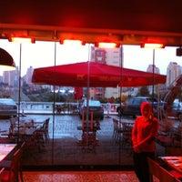 12/7/2012 tarihinde Efkan Y.ziyaretçi tarafından Beef&Chicken Bahçeşehir'de çekilen fotoğraf