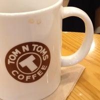 Photo taken at TOM N TOMS COFFEE by gene on 4/4/2013
