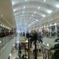 Foto tomada en Centro Comercial Altaria por Perla Lizeth el 1/4/2013