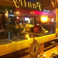 9/28/2012 tarihinde Lilian H.ziyaretçi tarafından The Pantry'de çekilen fotoğraf