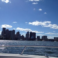 Foto tomada en Boston Harbor  por Ashley S. el 9/15/2012
