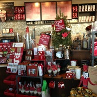Photo taken at Starbucks by Gentry on 12/20/2012
