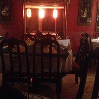 Photo taken at The Chinese Restaurant (Abu Khalil) | المطعم الصيني (أبو خليل) by Moe J. on 2/24/2014