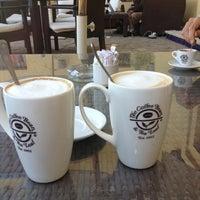 Foto tirada no(a) The Coffee Bean & Tea Leaf por Nataly . em 1/10/2014