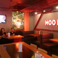 Снимок сделан в Moo Moo Burgers пользователем Sergey B. 11/30/2017