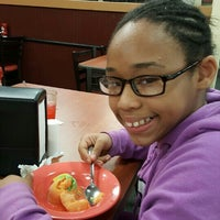Photo taken at Golden Corral by Stephanie B. on 5/24/2015
