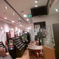Foto scattata a La Feltrinelli da Elisabetta B. il 11/1/2012