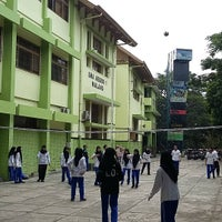Photo taken at SMA Negeri 1 Malang by Selamet H. on 10/2/2015