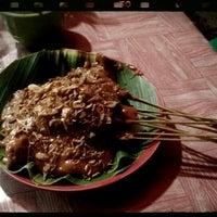 """Photo taken at Sate & Soto Padang """"Keluarga"""" by Hendra E. on 11/13/2012"""