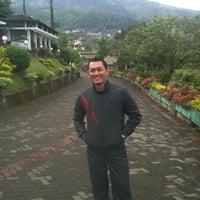 Photo taken at Vanda Gardenia Resort Trawas by Indra S. on 11/25/2012