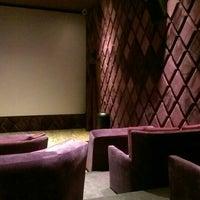 Foto scattata a Cinema Pink da Hamza Ö. il 1/23/2016