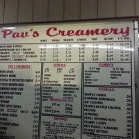 10/26/2012 tarihinde Jabber J.ziyaretçi tarafından Pav's Creamery'de çekilen fotoğraf