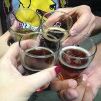 9/28/2013에 Charlene H.님이 Smog City Brewing Company에서 찍은 사진